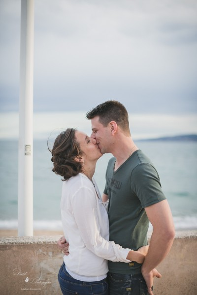 Photographie couple plage Saint Raphael