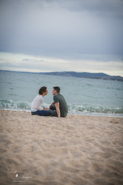 Photographie couple plage Saint Raphael