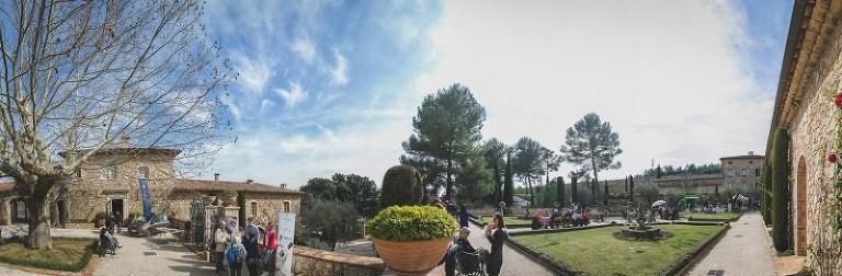 Chateau Font du Broc jardin-1